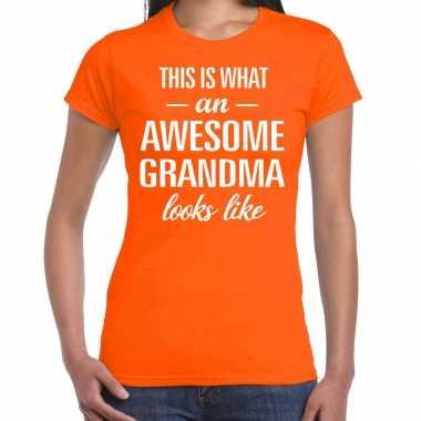 Awesome grandma / oma cadeau t-shirt oranje dames