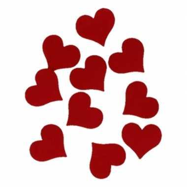 Hobby vilt 10x rode vilten harten van ongeveer 4cm