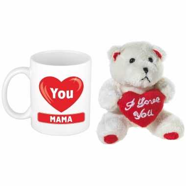Moederdag cadeau hartje i love mama beker / mok 300 ml met beige knuffelbeertje met love hartje