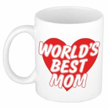Worlds best mom kado mok / beker wit met rood hart - moederdag / verjaardag