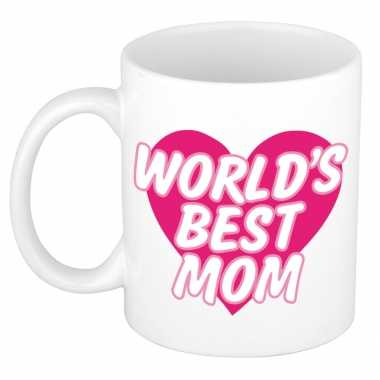 Worlds best mom kado mok / beker wit met roze hart - moederdag / verjaardag